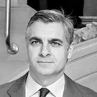 Luis Moll
